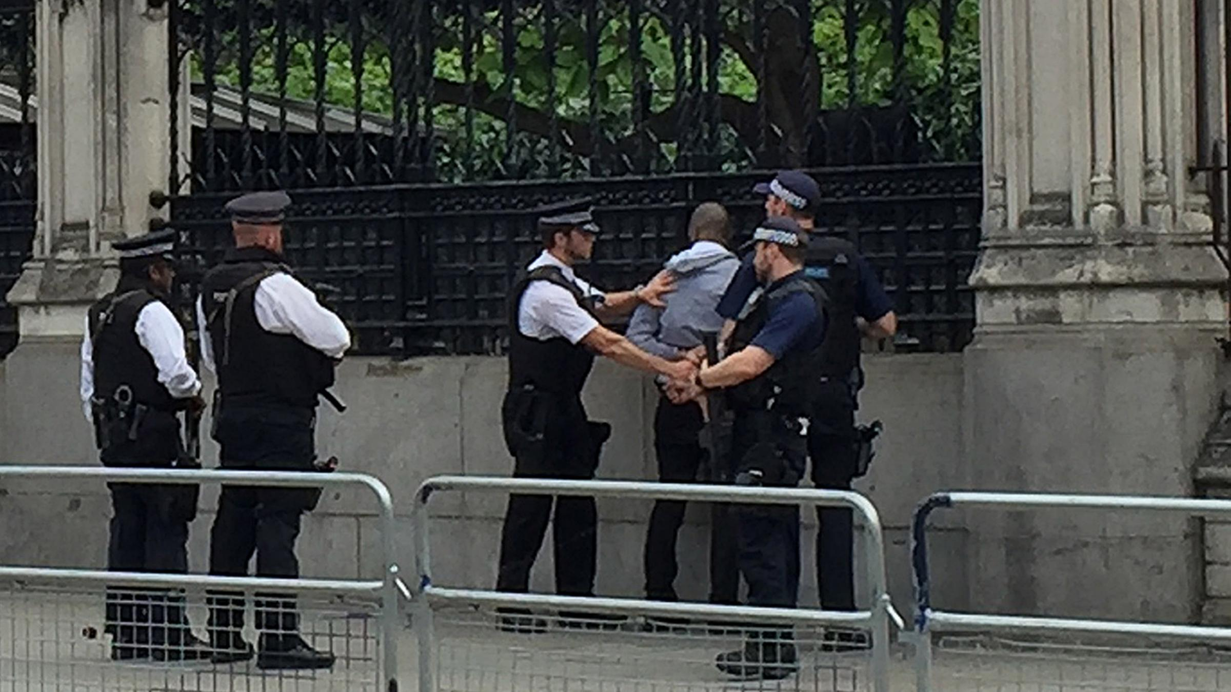 Man 'reaching for knife' arrested outside UK Parliament